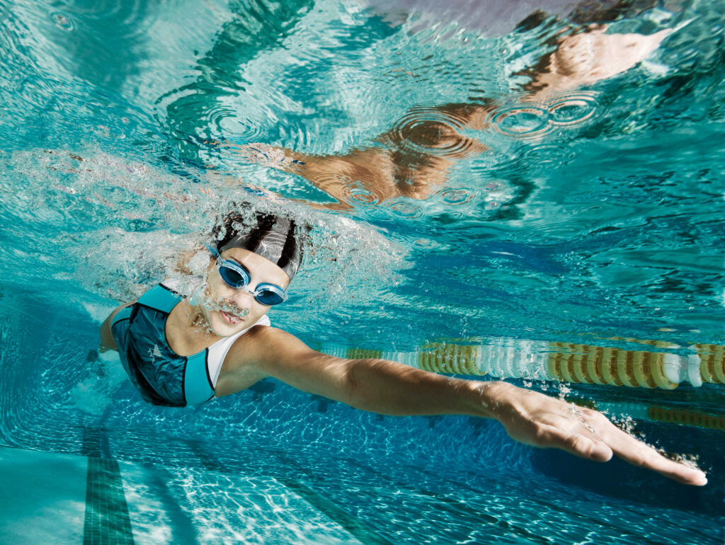 How to learn to swim on your own, as an adult